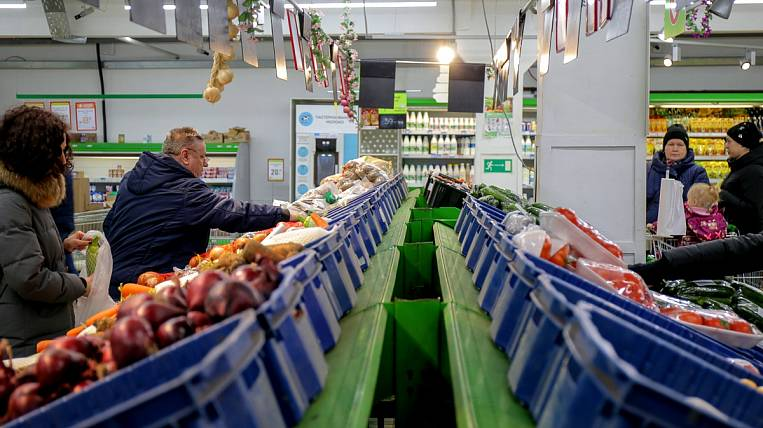 FAS noted a strong decline in food prices in the Far East