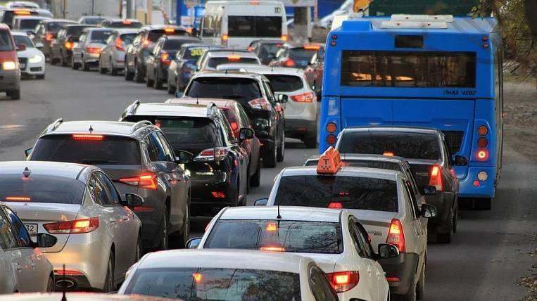 State Duma refused to abolish transport tax in Russia