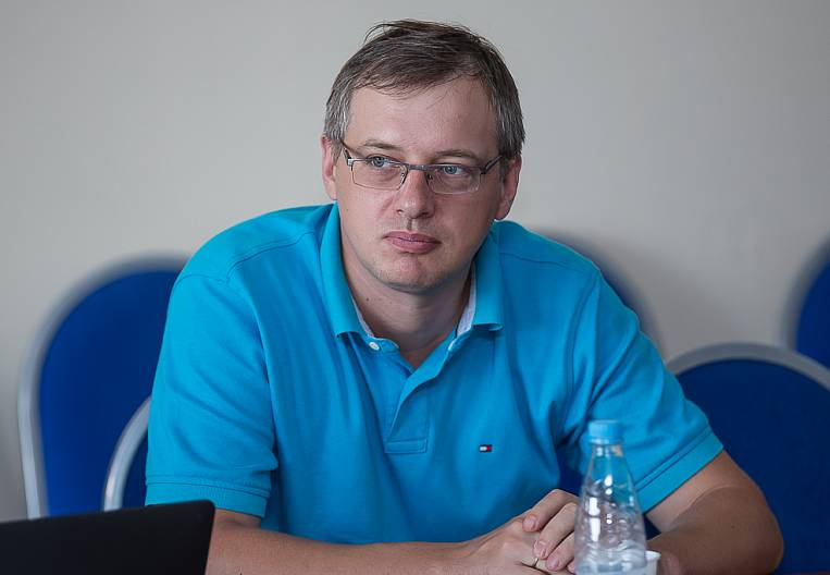 """Dmitry Alekseev: """"Discounter means: discounts for all ..."""""""