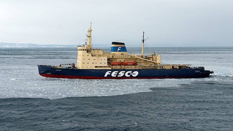 FESCO Group starts winter navigation in the Tatar Strait