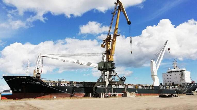 The FESCO fleet has been replenished with the FESCO Paris universal cargo ship