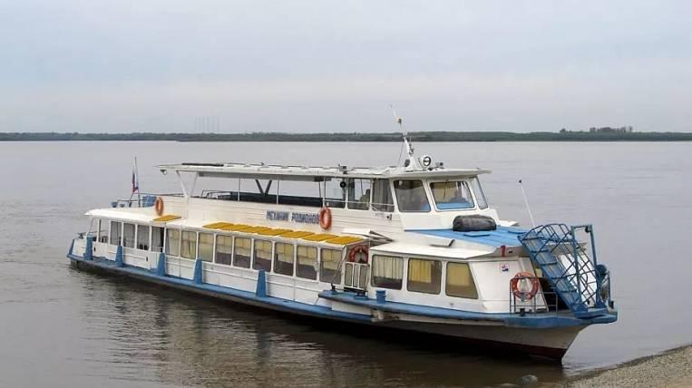 In Khabarovsk, suburban river transport across the Amur ceased