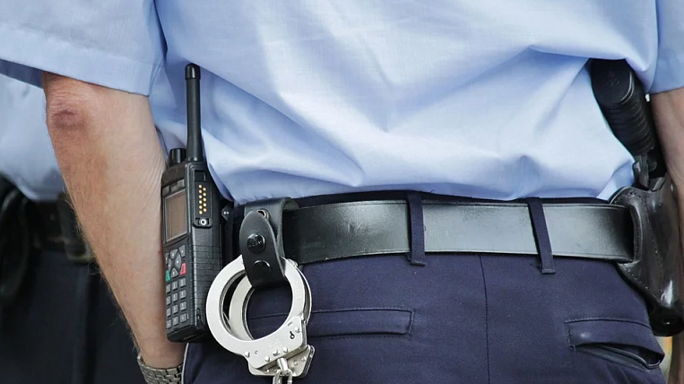 In Primorye, DPS inspectors detained on suspicion of bribery