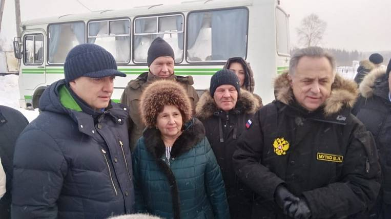 Mutko and Kobzev visited flood-affected areas of Angara