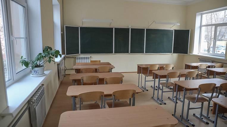 80 school classes in Primorye closed for quarantine
