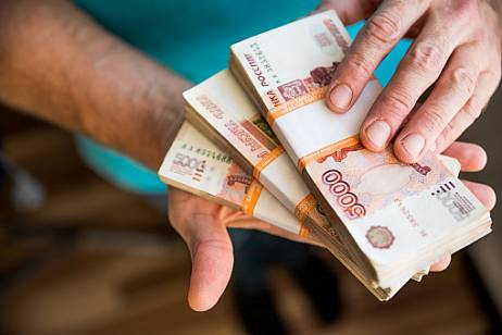 Every tenth Russian hopes to increase income for the May holidays