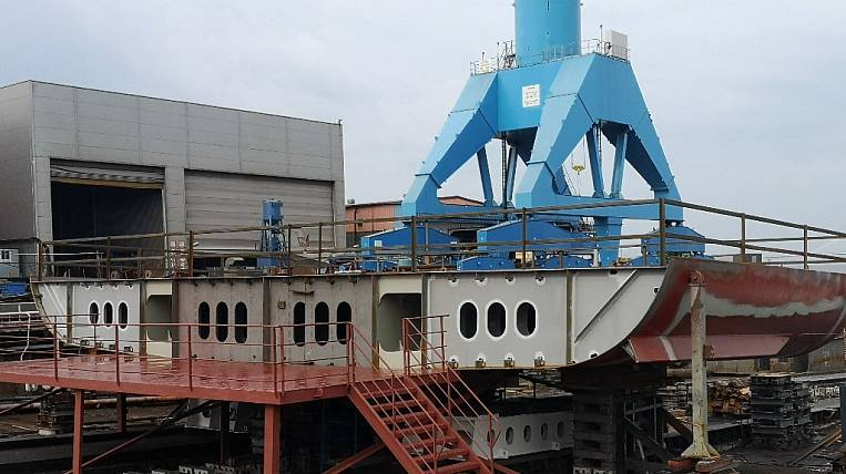 The keel of the supertrawler for work in the Far East was laid in St. Petersburg