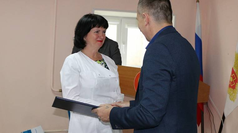 """Hospital in Primorye received medical furniture from the """"East Port"""""""