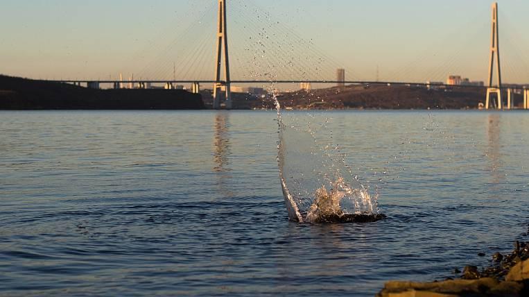 A fishing boat sank off Russky Island in Vladivostok