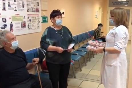 A dozen eggs for the COVID-19 vaccination will be given to pensioners in Khabarovsk