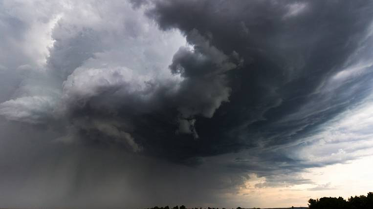 Thunderstorm and hail fall upon Buryatia
