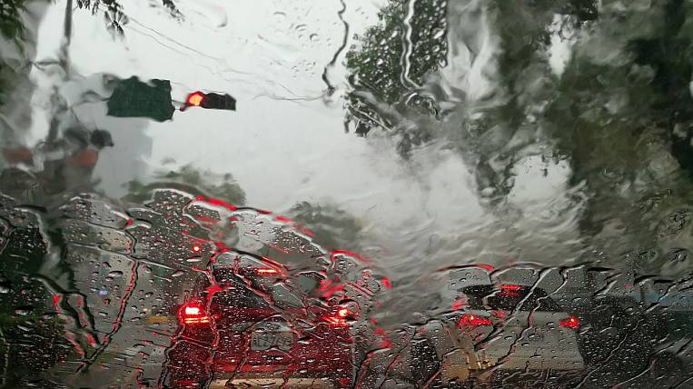 Primhydromet issued a storm warning in Primorye