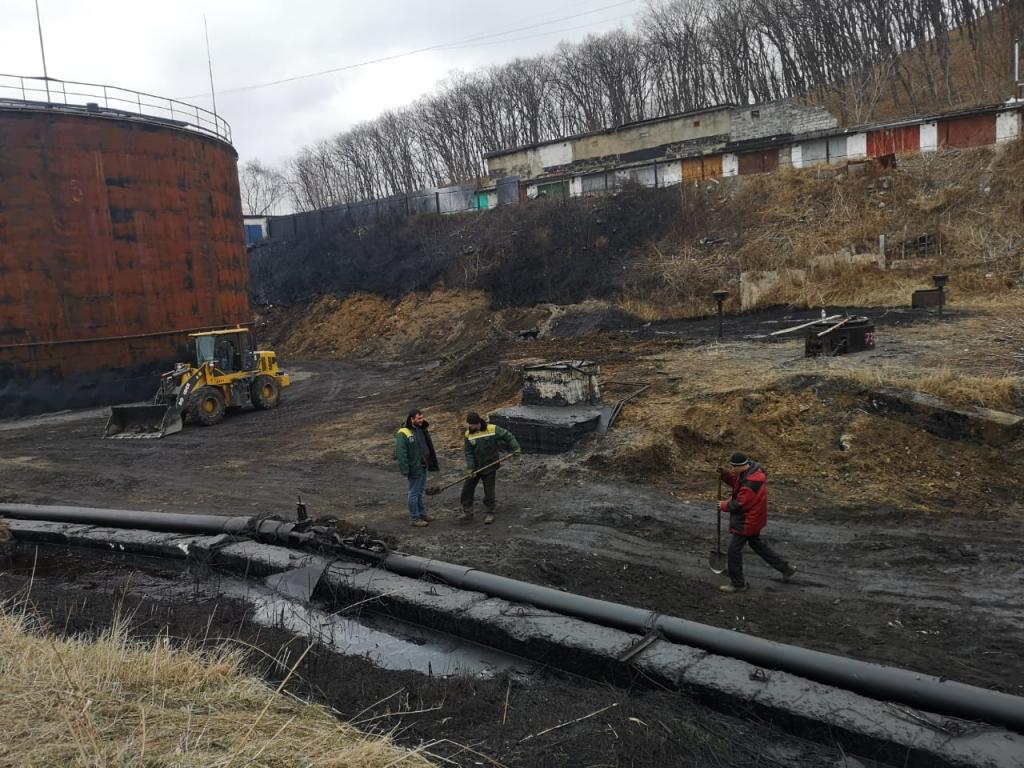 Fuel oil spill in Primorsky Krai half eliminated