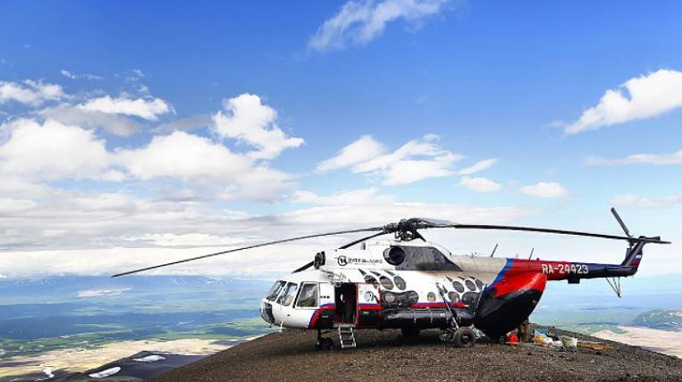 The pilot crashed the helicopter when entering the hangar in Kamchatka